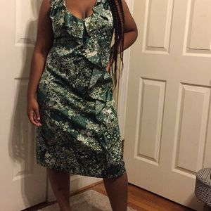 To the MAX forest color print dress